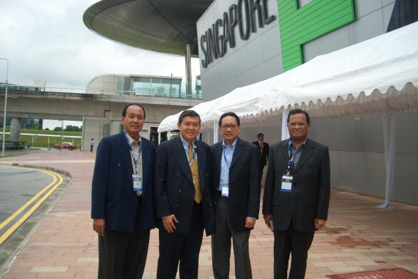 singapura-9C112A300-650F-C001-D8CE-736298718985.jpg